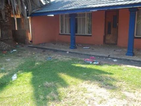 sa home loans repossessed houses standard bank repossessed 3 bedroom house for sale on online auction in klerksdorp