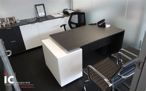 Office Desks Ic Corporate Interiors Office Desks Melbourne