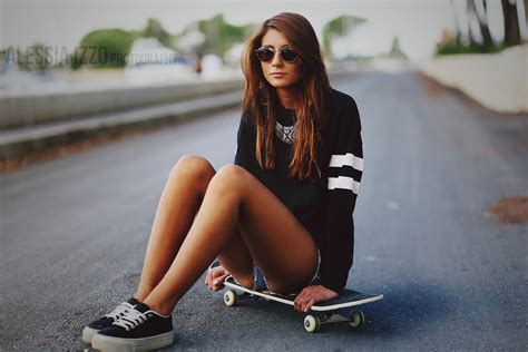 hot skater girl skater girl by alessia izzo on deviantart
