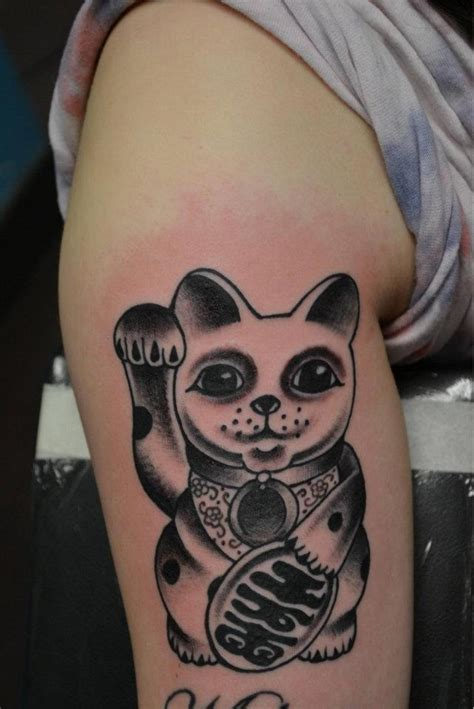 lucky cat tattoo lucky cat tattoos designs ideas and meaning tattoos for you