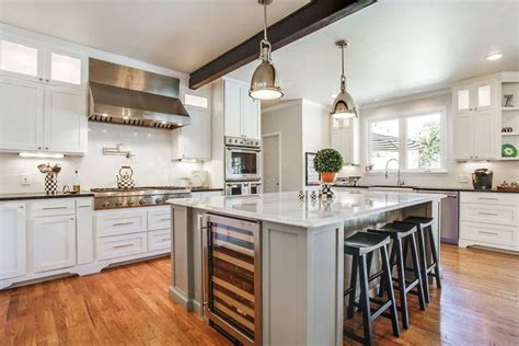 transitional kitchen cabinets 25 beautiful transitional kitchen designs pictures designing idea