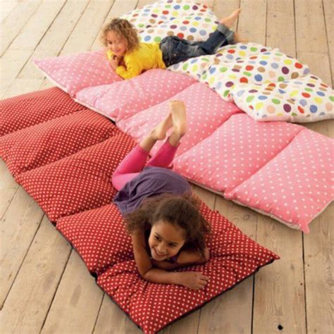 Nap Mat With Pillow by Pillow Nap Mats It S Happening Today Craft Ideas