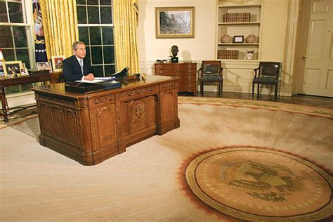 reagan s sunbeam rug bush s 62 000 oval office tufted carpet