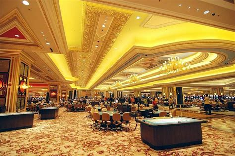 largest room in the world the world s largest casino venetian macao 171 twistedsifter