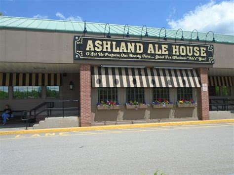 ashland ale house knickerbocker burger 1 picture of ashland ale house ashland tripadvisor