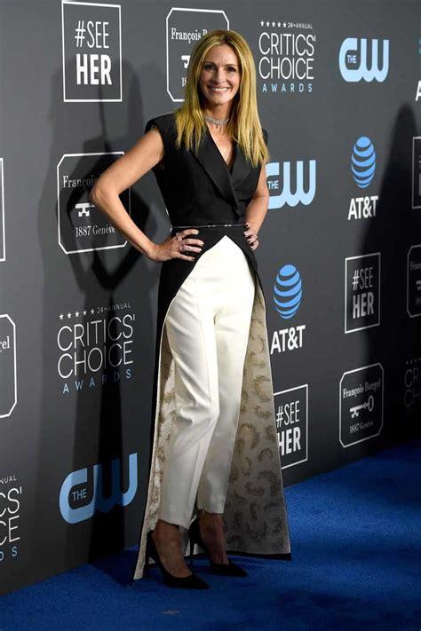 Charlize Theron Brilla En Los Critic S Choice Television Awards 2015 Kidman Y Charlize Theron Estrellas De Los Critics Choice Awards Moda