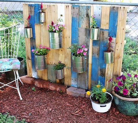 vertical garden pallets pallet vertical garden a beautiful mess
