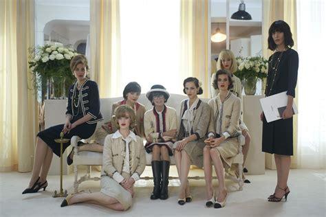 film su coco chanel quot the return quot el nuevo fashion film de chanel the style rack