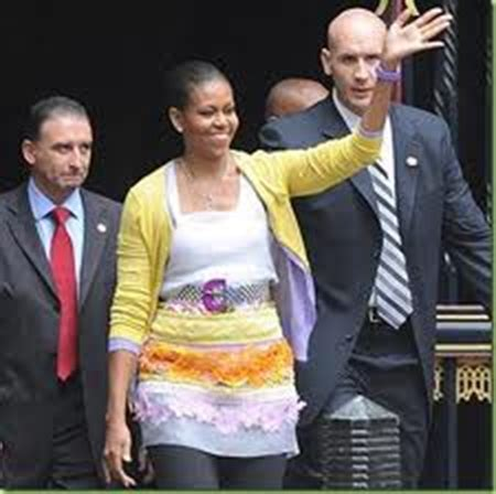 does michelle obama have a weave motus a d hair recovery motus a d did the wig hats do her in or did the florist