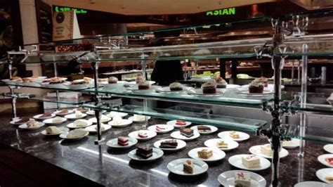 some of the dessert selections picture of isle casino