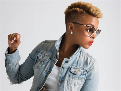 Chrisette Michele Hairstyles by It S Just Mobolaji Entertainment Chrisette