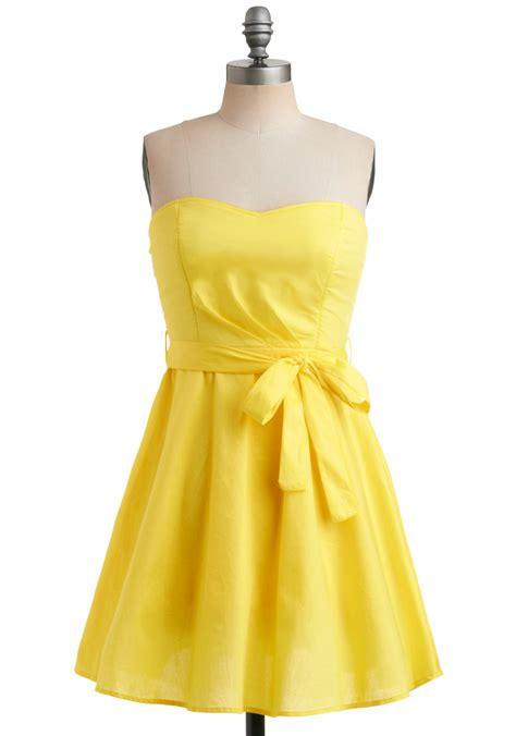 Dress Yellow yellow dress tamunsa delen