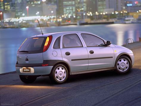 holden barina 2001 car picture 001 of 15