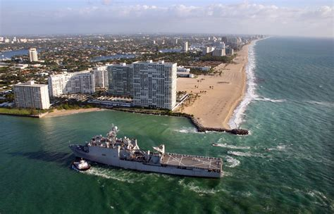 Car Rental Fort Lauderdale Cruise Port by File Us Navy 090427 N 8670l 006 The Hibious Dock Landing Ship Uss Ashland Lsd 48 Enters