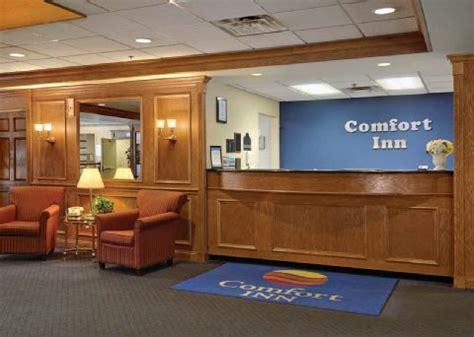 comfort inn downtown cleveland oh comfort inn downtown cleveland oh comfort inn hotels