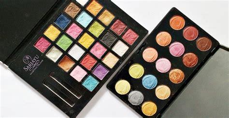 Eyeshadow Kit Lokal 3 eyeshadow palette warna warni lokal daily