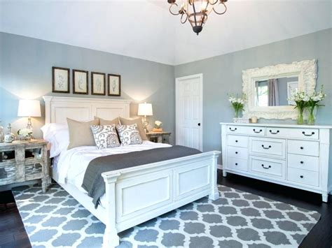 Lovely Bathroom Rug Decorating Ideas #2: Joanna-gaines-bedroom-designs-best-ideas-about-style-on-truly-bedroom-decorating-ideas-joanna-gaines-master-bedroom-designs.jpg