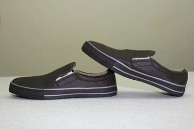 Sneakers Sepatu Kets Converse All Hitam Coklat Grade Original gudang sepatu branded converse slip sepatu kets
