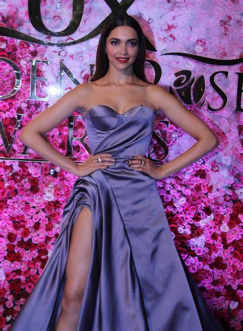 deepika padukone awards deepika padukone at lux golden rose awards 2016 photos