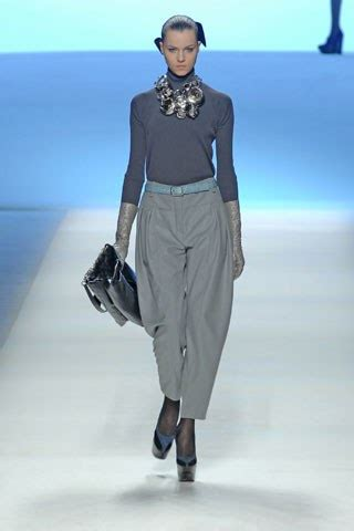 Louis Vuitton Brings In The Supermodels For 2008 by Louis Vuitton Fall 2008 Ready To Wear Collection Photos