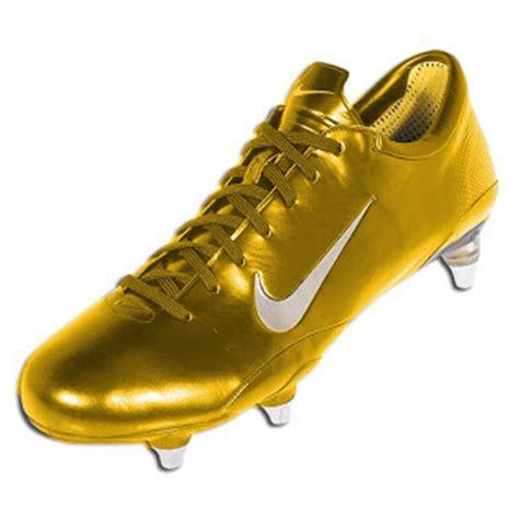 Sepatu Sepak Bola Yang Bagus sejarah sepatu sepak bola