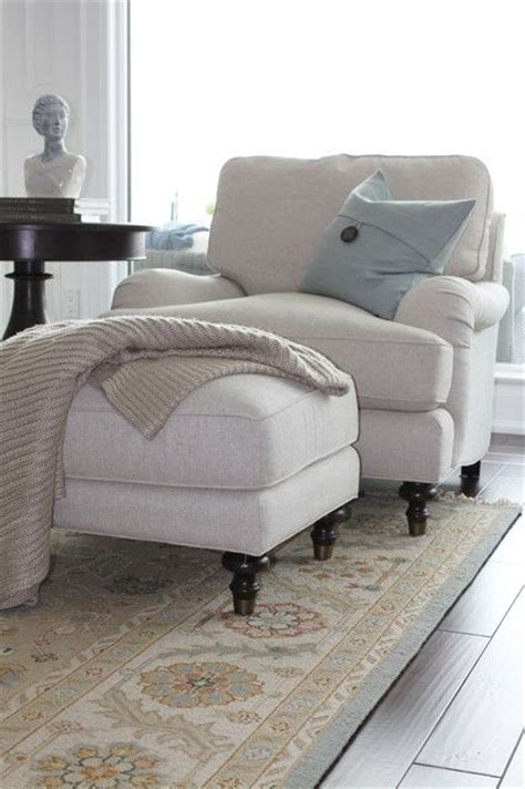 comfy chair for bedroom 25 best ideas about big comfy chair on pinterest cozy
