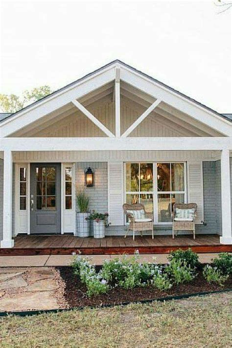 cottage front porch designs best 25 front porch deck ideas on outdoor