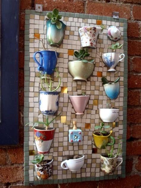 Garten Deko Mosaik by Gartendeko Idee Selber Machen Mosaik Alte Tassen Dekoidee