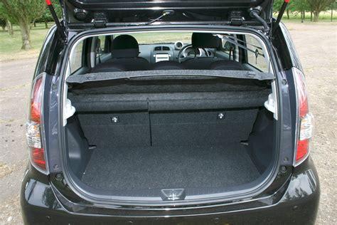 daihatsu terios trunk space daihatsu sirion hatchback 2005 2010 features