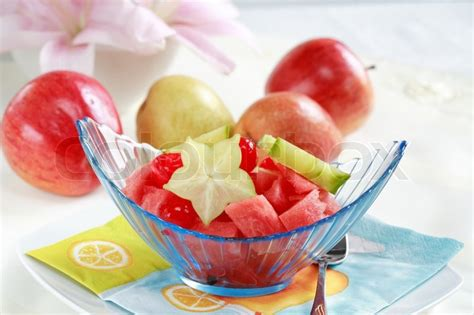 light fruit dessert for summer with low calorie