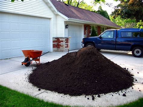 Cubic Yards To Tons Soil Soul Photos Of Five 5 Cubic Yards Of Top Soil