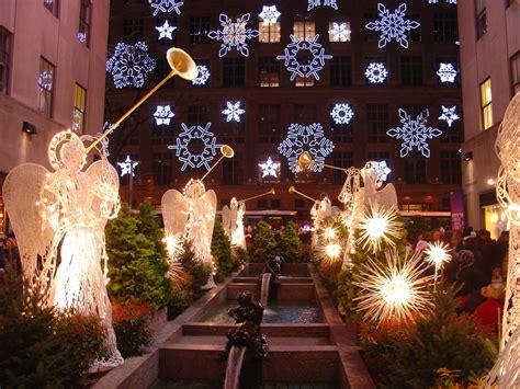 christmas decorating ideas windows new york city winter