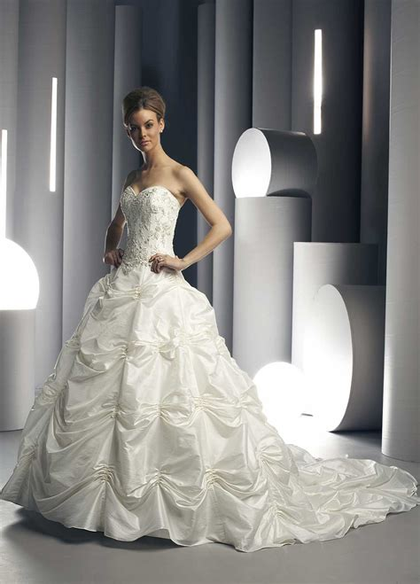 Wholesale Wedding Dresses by Motor Wholesale Wedding Gowns