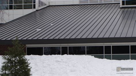 metal roofing on bronze aluminum roof without snow on metal roof panels