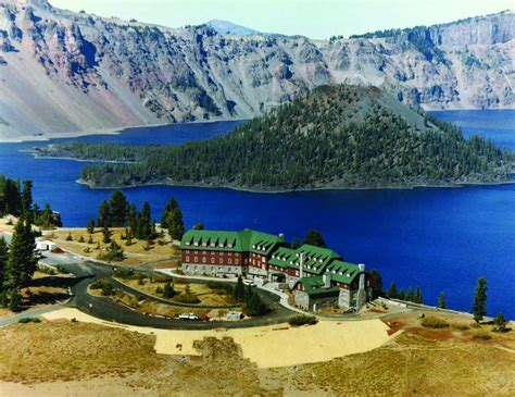 Crater Lake Lodge Images