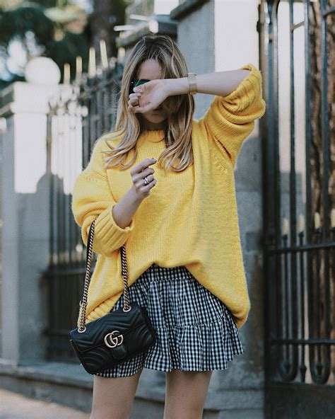 Navi Yellow Jumper 2017 vichy print skirt and sandals