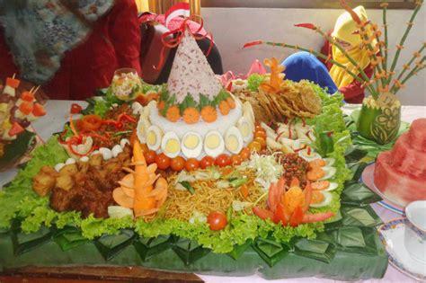 kreasi nasi tumpeng  lomba istana catering