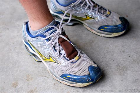 how to craft running shoes how to make a nike chip holder tutorial