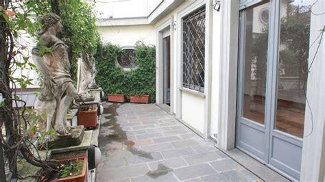 con terrazzo affitto appartamento con terrazzo via montenapoleone