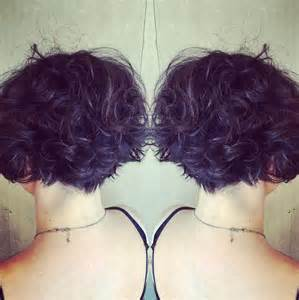 pictures of the back of curly stacked hair 22 hottest graduated bob hairstyles right now purple