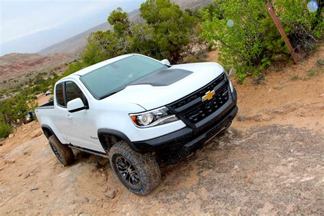 chevy colorado zr2 reviews 2018 2019 new car release and