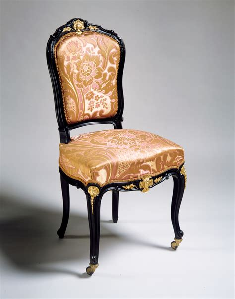 old fashioned armchairs image gallery old fashioned armchairs