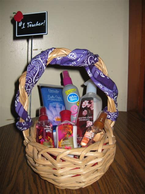 1000 images about how to make gift baskets on