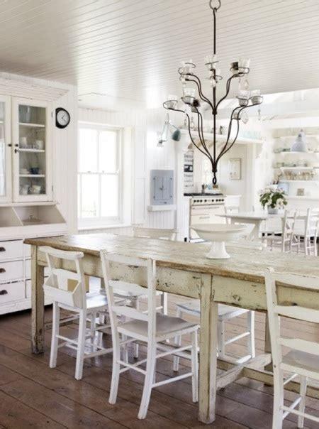 natural modern interiors   decorate  modern