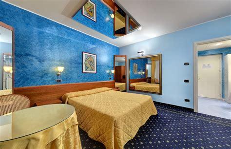 motel bergamo con vasca idromassaggio motel k con motel bergamo con vasca idromassaggio e