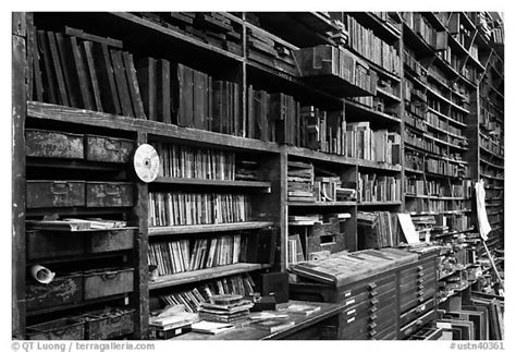 Bookshelf Black And White Black And White Picture Photo Bookshelves Hatch Show