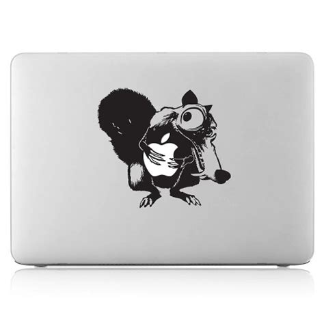 Macbook Aufkleber Ice Age by Ice Age Squirrel Scrat Hug Apple Laptop Macbook Vinyl