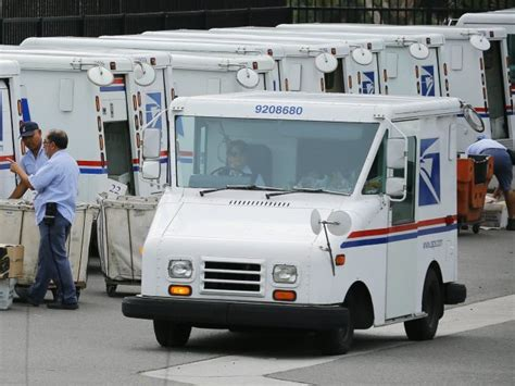 does usps run on how the usps loses money despite government granted mail