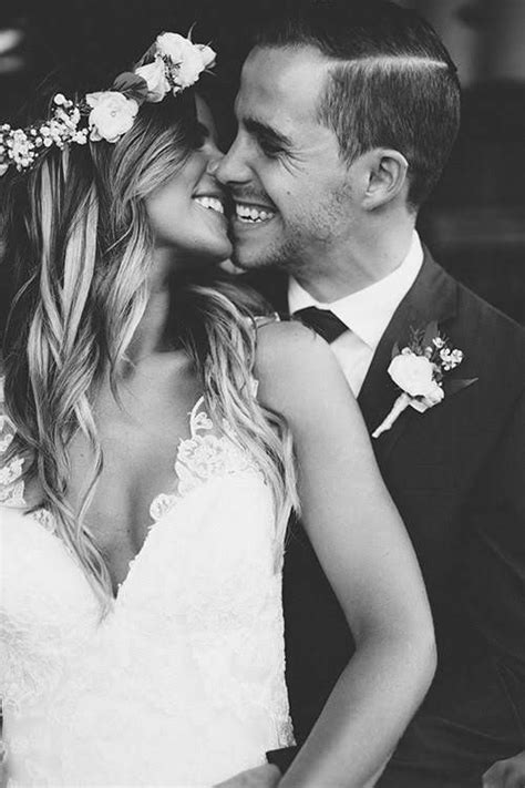 Bridal Picture Ideas by 25 Best Ideas About Wedding Photos On Wedding