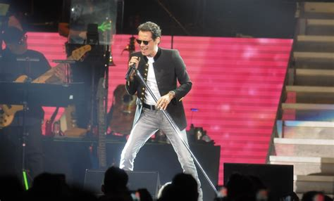 Marc Anthony Top marc anthony on top at the pepsi center slideshow photos